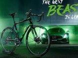 Xe++ - Mercedes-Benz giới thiệu xe đạp 'quái thú xanh' Rotwild R.S2