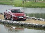 Xe++ - Hyundai Elantra giảm giá 'sốc' còn 549 triệu đồng