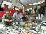 Văn hoá - Độc đáo phiên chợ đồ cổ Đà thành cuối năm