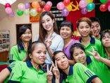 Giải trí - Trước thềm Hoa hậu Thế giới 2017, Mỹ Linh vẫn miệt mài với lịch hoạt động dày đặc