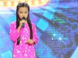 """Giải trí - Cô bé mồ côi cha khiến ban giám khảo 'Thử tài siêu nhí"""" bật khóc"""