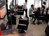 Cuộc sống số - [Video] iPhone 6S bất ngờ phát nổ trong salon tóc tại Việt Nam