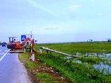 Chính trị - Xã hội - Hơn 900 công nhân được huy động đến tâm bão Quảng Bình sửa điện