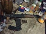 An ninh - Hình sự - Đột kích bất ngờ, phát hiện đối tượng trữ ma túy và súng giữa thành phố