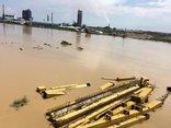 Tiêu dùng & Dư luận - Triều cường dâng cao, nhà máy Đạm Ninh Bình cô lập trong biển nước