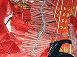 An ninh - Hình sự - Bắc Giang: CSGT thu hơn 1 tạ pháo Tết trên xe khách