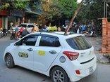 Tin nhanh - Thanh sắt công trình đâm thủng taxi, một người tử vong