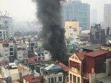 Tin nhanh - Hà Nội: Cháy lớn tại 2 ngôi nhà mặt phố đường Xã Đàn