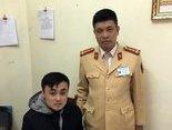 Tin nhanh - Quảng Ninh: Tuần tra kiểm soát, CSGT bắt giữ nhiều ma túy, pháo