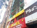 Tin nhanh - TP.HCM: Cháy khách sạn 7 tầng, giải cứu 19 người bị mắc kẹt