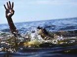 Chính trị - Xã hội - Chơi đùa một mình, bé 2 tuổi ngã xuống hồ nước tử vong