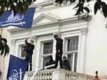 Tiêu điểm - Bí ẩn danh tính 4 kẻ áo đen lẻn vào Đại sứ quán Iran ở Anh để hạ cờ