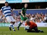 Thể thao - Clip: Lần đầu Mourinho xỏ găng bắt gôn