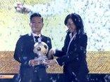 Bóng đá Việt Nam - Đinh Thanh Trung giành danh hiệu Quả bóng vàng Việt Nam 2017