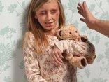 Tiêu điểm - Chuyện nước ngoài xử lý bạo hành trẻ em