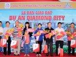 Truyền thông - Việt Hưng Phát bàn giao đất cho khách hàng tại dự án Diamond City