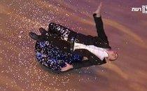 Giải trí - Clip: Ảo thuật gia gây sốt Israel's Got Talent khi ngồi lơ lửng trên không
