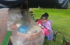 Đời sống - Những mảnh đời đội mưa kiếm 200- 500 đồng tiền lãi