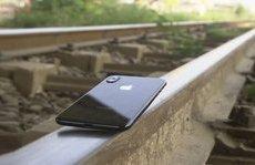 Công nghệ - iPhone X bị tàu hỏa nghiền nát trong bài test kinh hoàng