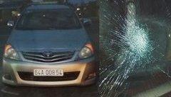 An ninh - Hình sự - Đập vỡ kính chắn gió ô tô, nam thanh niên bị khởi tố