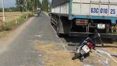 Tin nhanh - Tông vào đuôi xe tải, người phụ nữ đi xe máy tử vong