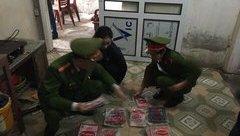An ninh - Hình sự - Mua mì chính từ Trung Quốc đóng nhãn hiệu nổi tiếng để xuất bán