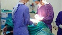 Xã hội - Mổ cứu cô gái đang đi đường Hà Nội bị đạn bắn thủng bụng
