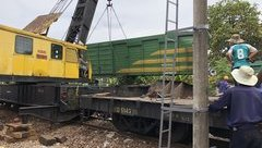 Tin nhanh - Đường sắt thông tuyến sau sự cố hai tàu đâm nhau ở ga Núi Thành