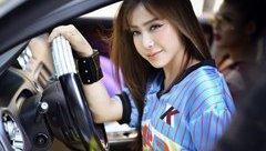 Ngôi sao - Sau ồn ào với siêu mẫu Võ Hoàng Yến, Á khôi Mai Diệu Linh hoá 'tắc kè hoa'