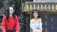 TV Show - Hẹn hò kinh dị: Anh chàng bị vợ bỏ, quyết đeo mặt nạ đi hẹn hò để tìm mẹ cho con