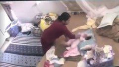 Xã hội - ĐBQH thắt tim khi xem clip bảo mẫu đánh bé gái sơ sinh