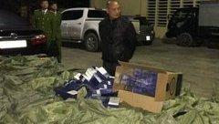 An ninh - Hình sự - Bắt ôtô chở 55.000 bao thuốc lá lậu, trị giá hơn 1,6 tỷ đồng