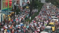 Chính trị - Xã hội - TP.HCM đốn hạ, di dời 123 cây xanh để giảm ùn tắc giao thông