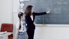 Giải trí - Clip: Bé Bảo Ngọc làm MV tặng thầy cô mừng ngày 20/11