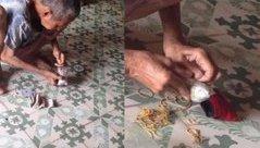 Mới- nóng - Clip: Cụ già ngồi gỡ từng đồng tiền lẻ để trả tiền điện gây xúc động