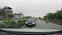 Xa lộ - Clip: BMW cố tình chạy ngược chiều, lì lợm đối đầu xe khác