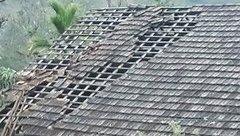 Xã hội - Hàng trăm ngôi nhà bị tốc mái do mưa đá và lốc xoáy sau Tết