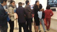Gia đình - Hà Nội: Chị em 'nhịn ngủ trưa' đi mua sắm nhân ngày Black Friday