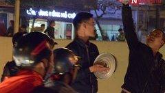 Dân sinh - Bà nội trợ sắm lại mâm, xoong nồi sau đêm ăn mừng U23 Việt Nam