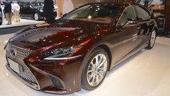 Xe++ - Lexus LS 2018 mở bán tại UAE, khởi điểm từ 1,92 tỷ đồng