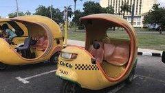 """Xe++ - """"Taxi quả dừa"""" hàng độc chỉ có ở Cuba"""