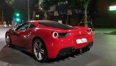 Xe++ - Tuấn Hưng cầm lái siêu xe Ferrari 488 GTB tiền tỷ trên phố Hà Nội