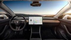 Xe++ - Top 10 mẫu xe sở hữu màn hình cảm ứng lớn nhất hiện tại