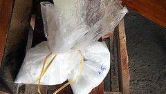 An ninh - Hình sự - Hé lộ công đoạn hãi hùng từ hóa chất tẩy trắng dừa