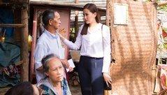 Ngôi sao - Hoa hậu Khánh Ngân bàng hoàng trước cảnh tan hoang ở Phú Yên