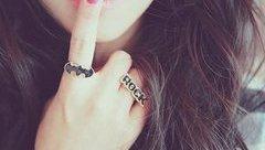 Tâm sự - Gửi phụ nữ: Nếu không thể mạnh mẽ nữa hãy chọn một bờ vai để khóc