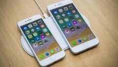 Công nghệ - Trên tay iPhone 8 và 8 Plus, 'đứa con ghẻ' của Apple