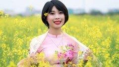 Cộng đồng mạng - Xúc động bộ ảnh kỷ yếu của nữ sinh Nông nghiệp mắc ung thư