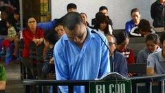 An ninh - Hình sự - Gã bảo vệ hiếp dâm bé gái 4 tuổi cúi đầu nhận tội tại tòa