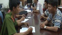 Pháp luật - Đột kích quán cà phê bắt hơn 40 con bạc đang cá độ bóng đá